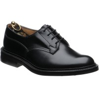 trickers woodstock rubber in black calf