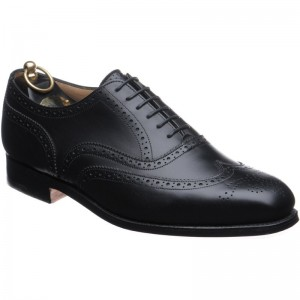 trickers piccadilly in black calf