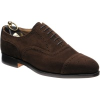 trickers kensington in chocolate suede