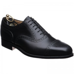 trickers kensington in black calf