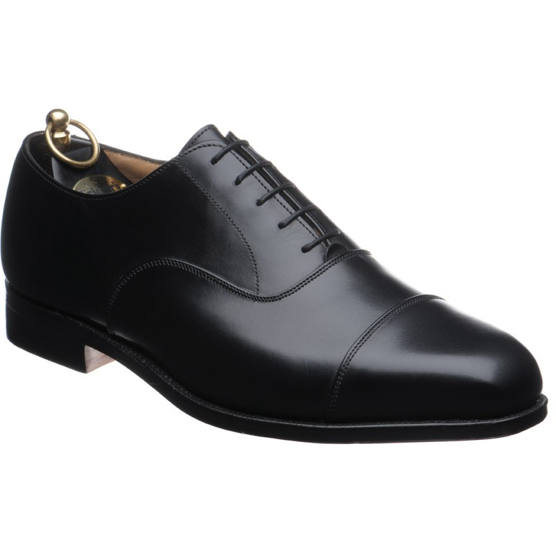 5e14d05a2c Trickers shoes
