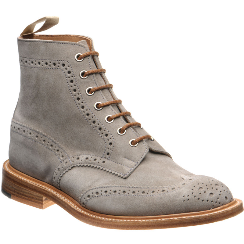 Stow brogue boots in Shale Suede