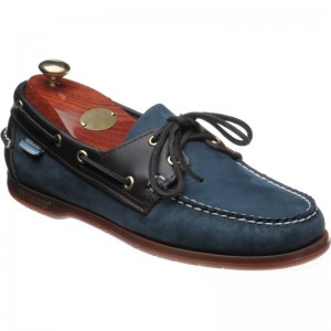 Sebago Endeavor in Navy and Brown