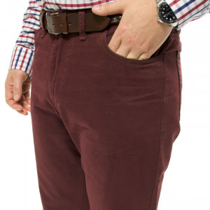 Herring Carrera Jeans in Mulberry
