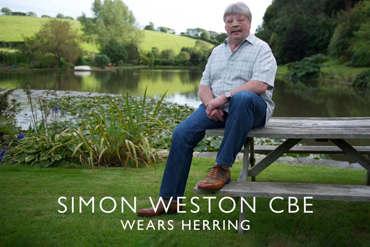 Simon Weston CBE wears Herring